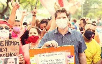 """Em ato de servidores contra PL 529 , Tatto reafirma: """"Doria tenta disfarçar, mas não adianta, ele é idêntico ao Bolsonaro"""""""""""